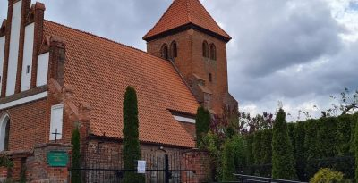 Kościół Rzymskokatolicki pw. Podwyższenia Krzyża Świętego w Dąbrówce