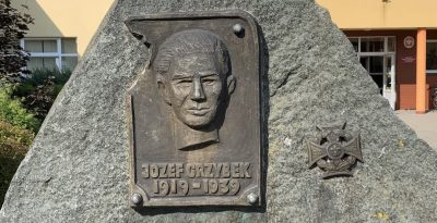 Tablica pamiątkowa druha Józefa Grzybka