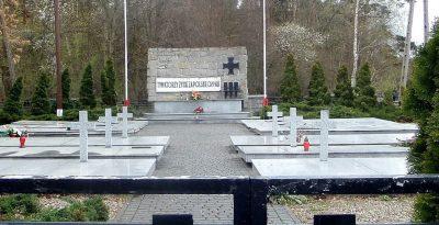Pomnik i miejsce pochówku 282 żołnierzy